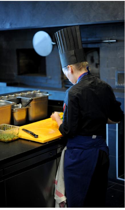 Restauration gastronomique en travail